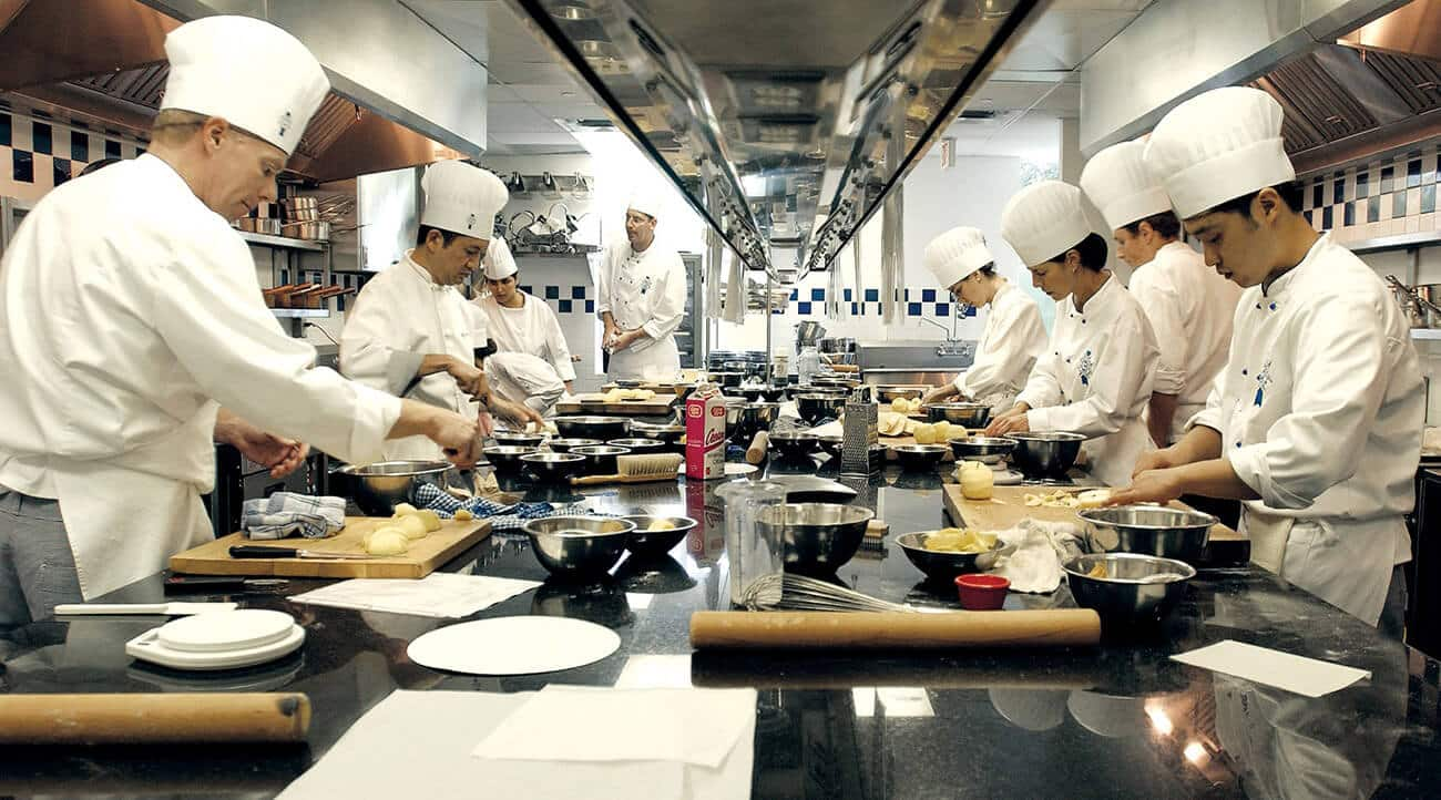 The 7 Features of a Good Cooking School